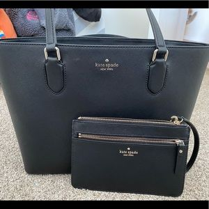 Kate Spade Laurel Way Med Dally Tote + Wristlet